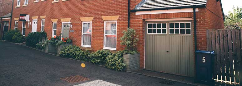 House with garage for storage